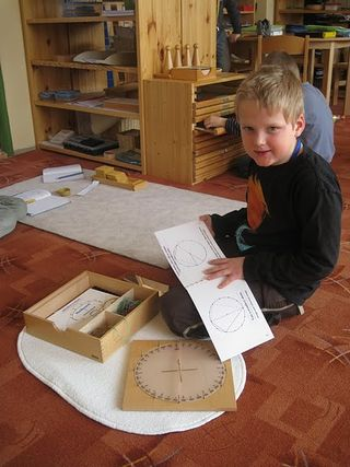 Montessori_education